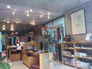 TYG青山の店内